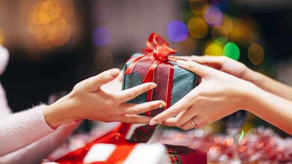 quà tặng cho người nước ngoài